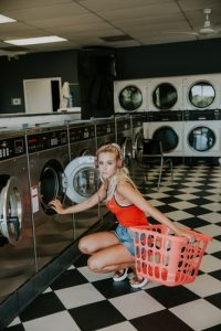 LAUNDRY PIC