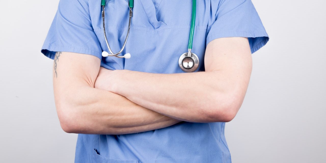 Attivare le difese naturali per curare il tumore: immunoterapia